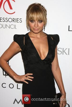 Nicole Richie Ace Awards Outfit Wins Acclaim