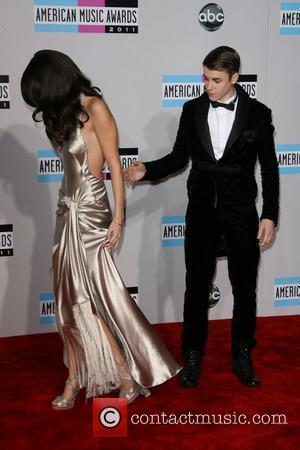 Selena Gomez and Justin Bieber 2011 American Music Awards held at the Nokia Theatre L.A. Live - Arrivals Los Angeles,...