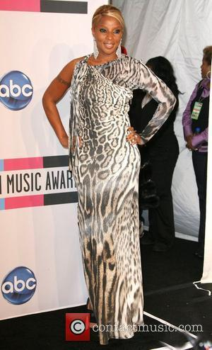 Mary J Blige, Lady Antebellum and American Music Awards
