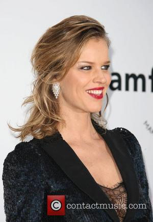 Eva Herzigova's Home Renovation Plans Anger Neighbours