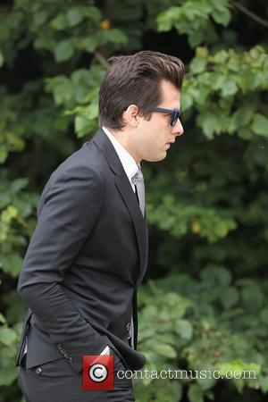 Mark Ronson Says Final Goodbye To Amy Winehouse