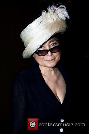Yoko Ono Places Wreath At Hiroshima Memorial