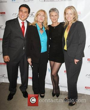 Jamie Lee Curtis and Jessica Leventhal with the grant winners  3rd Annual PEER TO PEER 'The Art of Human...