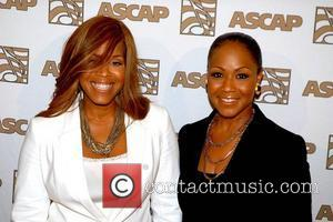 Mary Mary at the ASCAP Rhythm and Soul Awards – Arrivals Los Angeles, California – 24.06.11