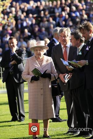 The Queen Thanks Public On 60th Anniversary Of Rule