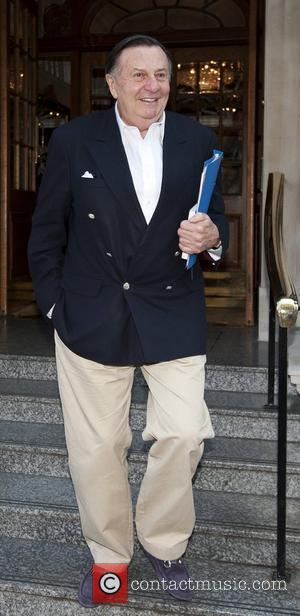 Barry Humphries leaving the Goring hotel London, England - 25.04.11