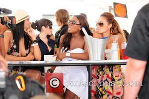 VH1 Basketball Wives' Jennifer Williams and Evelyn Lozada  AMG Beach Polo World Cup - Day 3 Miami Beach, Florida...