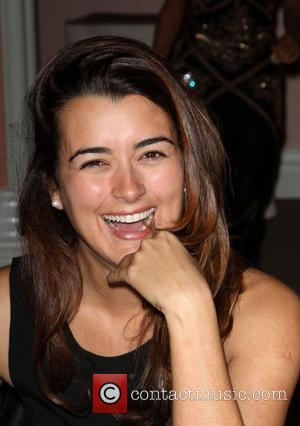 Cote de Pablo  Lloyd Klein Closes LA Fashion week Fall/Winter 2012 In support of the Guild of Big Brothers...