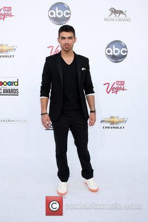 Joe Jonas, Billboard, Las Vegas and Mgm