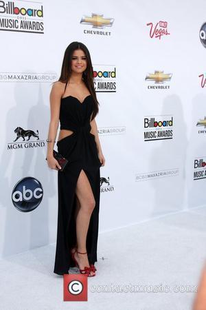 Selena Gomez, Billboard, Las Vegas and Mgm