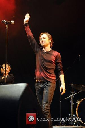 Darren Hayes Bullied Over His Sexuality