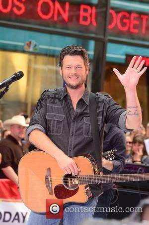 Record Label Bosses Tried To Shut Down Blake Shelton's Twitter