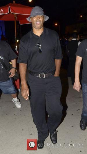 Damon Wayans Celebrities outside BOA Steakhouse Los Angeles, California - 12.08.11