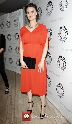 Emily Deschanel Turns Vegan For Pregnancy