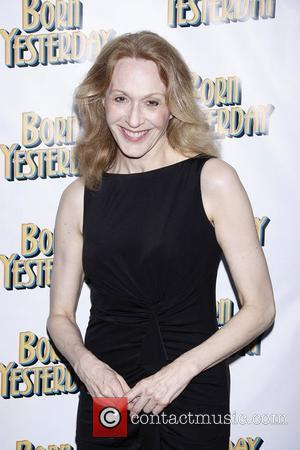 Broadway Star Jan Maxwell Injured In Car Accident