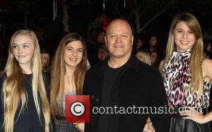 Michael Chiklis with his daughters The Twilight Saga: Breaking Dawn - Part 1 World Premiere held at Nokia Theatre L.A....