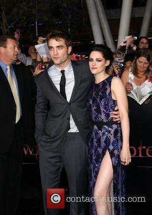 Robert Pattinson Planned Premiere Walk Out