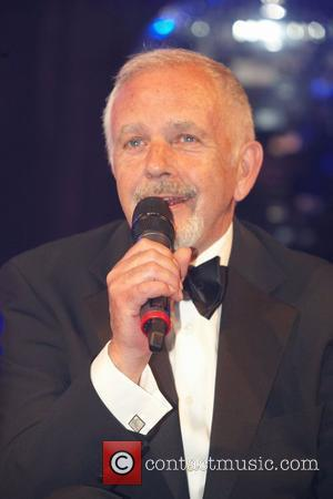 David Essex 25th anniversary dinner of the Bunbury Celebrity Cricket Team at the Grosvenor Hotel  London, England - 07.05.11