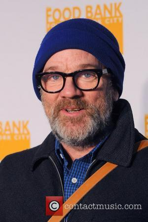 Michael Stipe Dismisses Cobain Sex Story