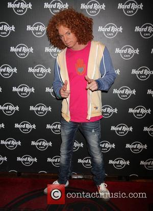 Carrot Top debuts 'Carrot Top Sundae' with partial proceeds benefiting the Ronald McDonald House at the Hard Rock Cafe Las...