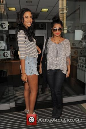 Rochelle Wiseman, The Saturdays and Vanessa White