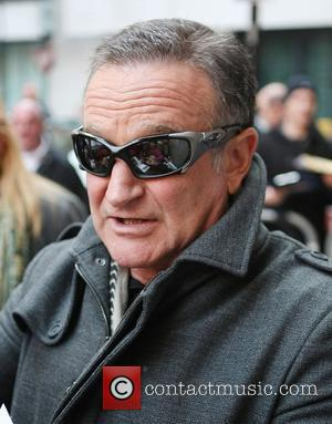 Robin Williams outside the BBC Radio 2 studios London, England - 19.11.11