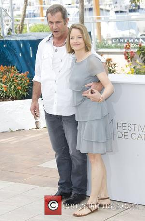 Mel Gibson and Jodie Foster 2011 Cannes International Film Festival - Day 8 - The Beaver - Photocall Cannes, France...