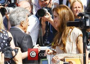 Dustin Hoffman and Angelina Jolie 2011 Cannes International Film Festival - Day 2 - 'Kung Fu Panda 2' - Photocall...