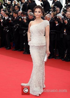 Aishwarya Rai Bachchan   2011 Cannes International Film Festival - Day 1 - Midnight In Paris - Premiere Arrivals...