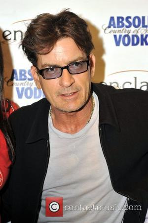 Charlie Sheen Tour Recovers In Chicago