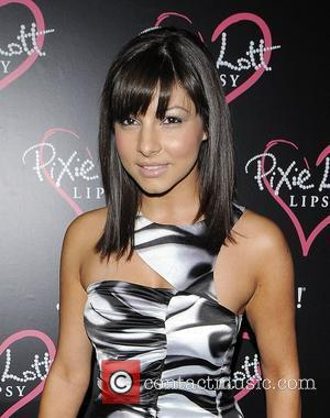 Roxanne Pallett Set Upon By Bull Terrier On Train