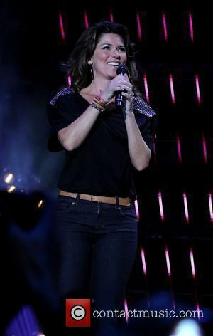 Shania Twain Teams Up With Richie For Endless Love Revamp