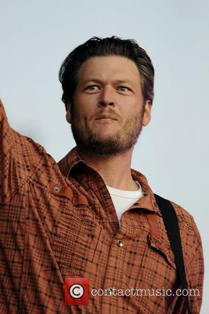 Blake Shelton & Miranda Lambert Sign Up For First Three-day Stagecoach Festival