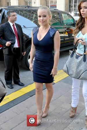 Kendra Wilkinson CTV Upfront 2011 press conference - Outside Arrivals Toronto, Canada - 02.06.11