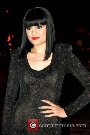Jessie J Denies Plane Crash Rumour