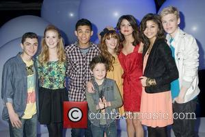 Adam Irigoyen, Bella Thorne, Caroline Sunshine, Kenton Duty, Roshon Fegan and Selena Gomez