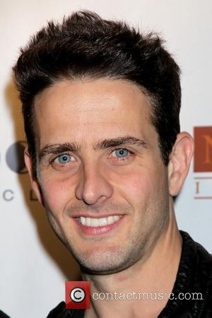 Joey Mcintyre Reveals News Of Pregnancy On 'Carnival Cruise'