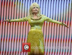 Dolly Parton's Tour Bus Crisis Resolved By Australian Minister