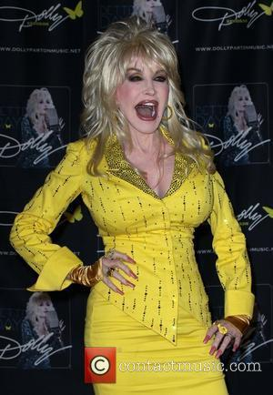 Dolly Parton returns to the CMA Music Festival at Nashville Convention Center Nashville Nashville, Tennessee - 11.06.11