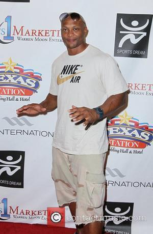 Eddie George Warren Moon hosts the Eleventh Annual Sports Dream Bowl Benefit at Texas Station Hotel Casino  Las Vegas,...