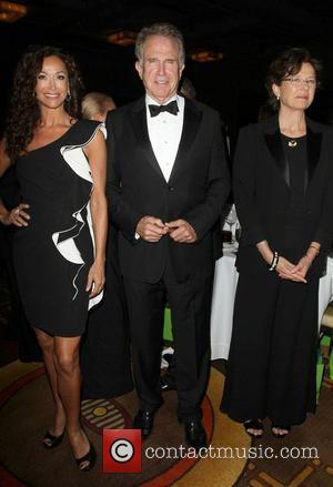 Sofia Milos, Annette Bening and Warren Beatty