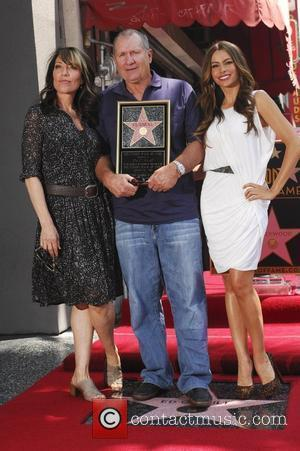 Katey Sagal, Ed O'neill and Sofia Vergara