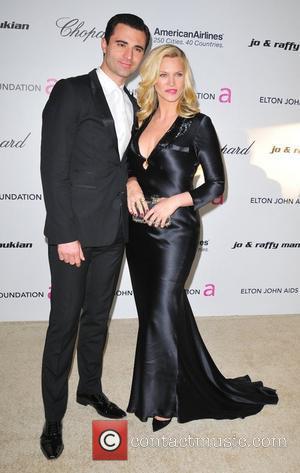 Natasha Henstridge, Elton John and Academy Awards