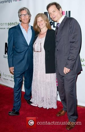 Eric Roberts, Eliza Roberts and Guest Farm Sanctuary's 25th Anniversary Gala at Cipriani Wall Street - Arrivals New York City,...