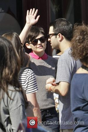 Disneyland, Joey Kern, Ginnifer Goodwin