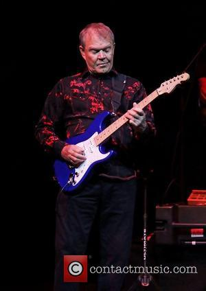 Glen Campbell Falls Ill With Laryngitis