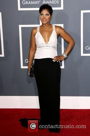 Bankrupt Toni Braxton Boasts About Lavish Lifestyle On Reality Show