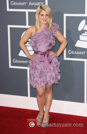 Grammy Awards, Kelly Osbourne