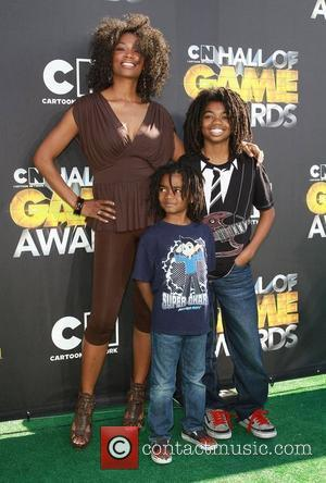 Vanessa William with her children Cartoon Network 'Hall of Game Awards' held at The Barker Hanger  Santa Monica, California...
