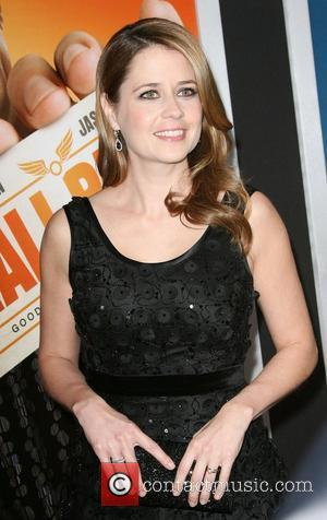 Jenna Fischer Los Angeles Premiere of Warner Bros. Pictures' Hall Pass held at the Cinerama Theatre Los Angeles, California -...